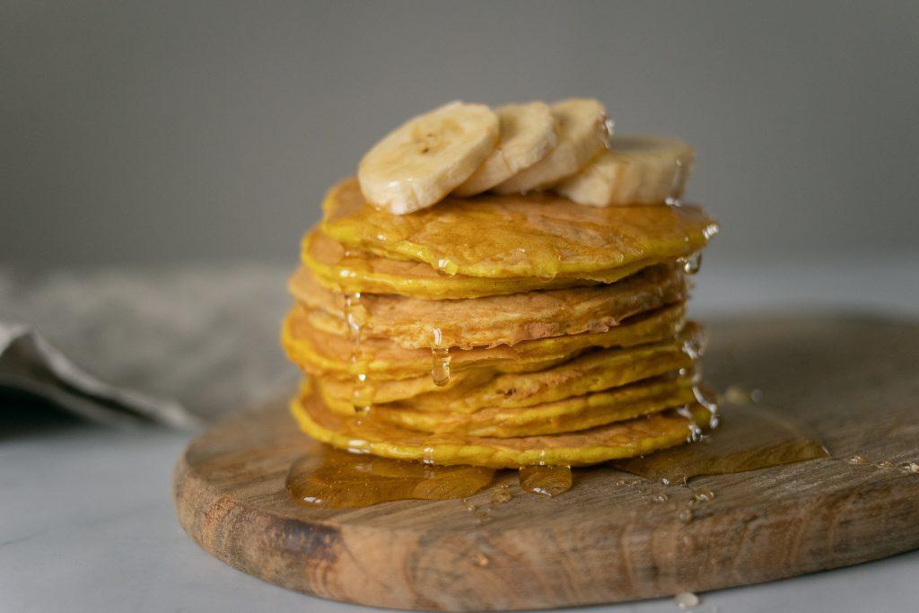 vegan pancakes using vegan honey